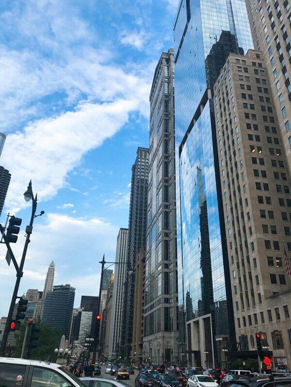Chicago sky is beautiful minhyuk 170712