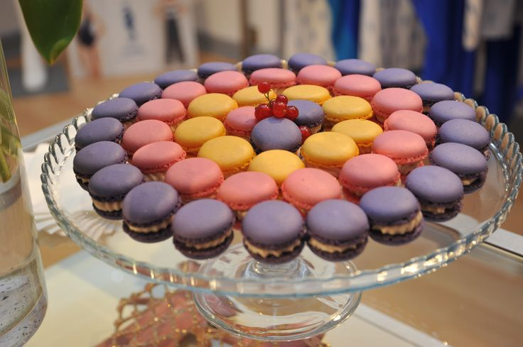 Color Your Summer - Macarons