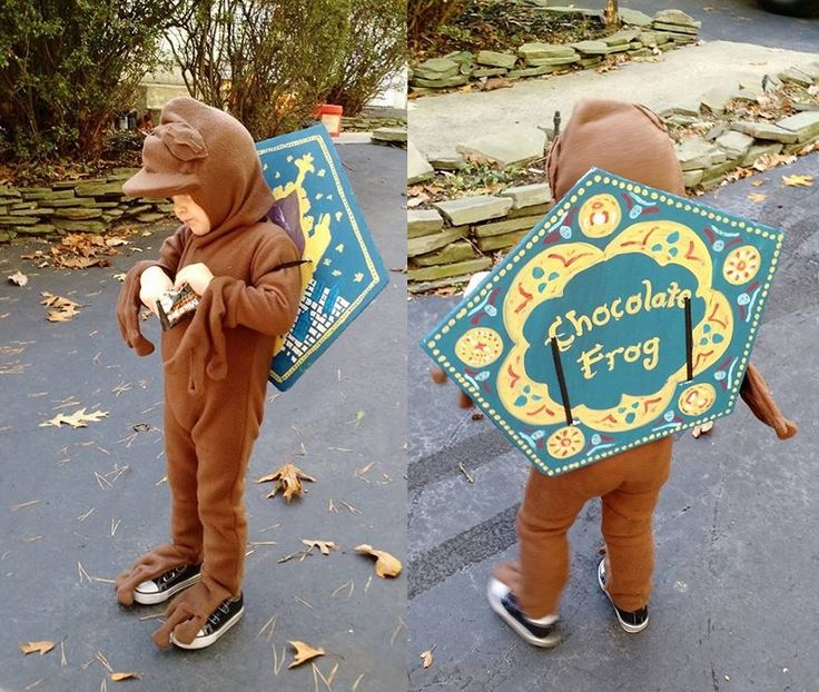 Chocolate Frog Harry Potter Costume.  My son's Halloween Costume 2016: Chocolate Frog from Harry Potter. DIY Baby Costume Fantastic Beasts