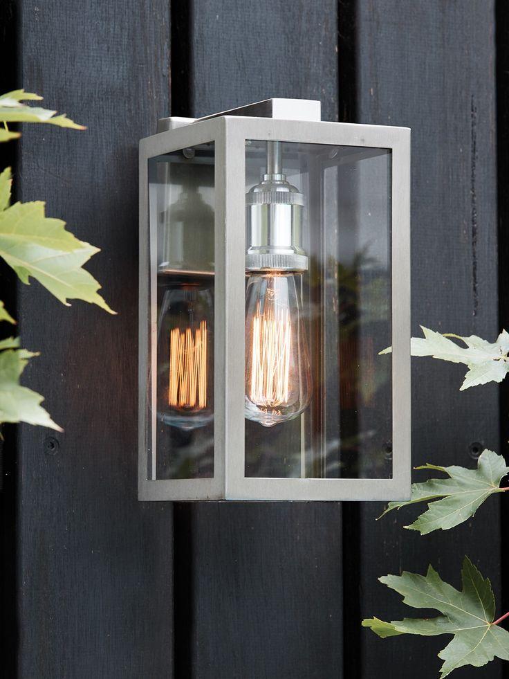 Southampton 1 Light Small Wall Bracket in Stainless Steel for verandah
