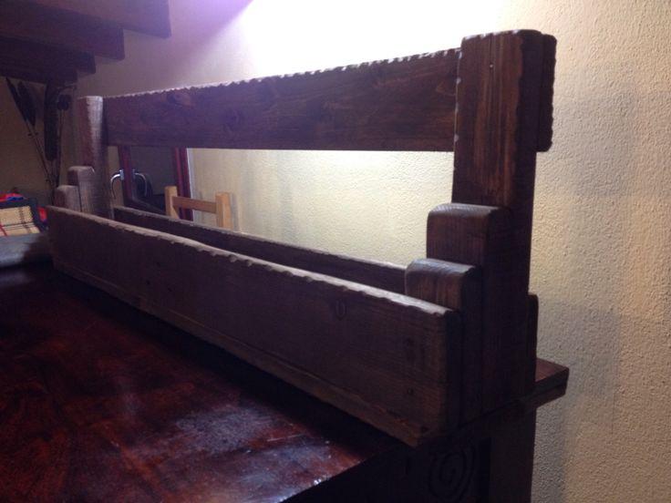 Porta bottiglia in legno