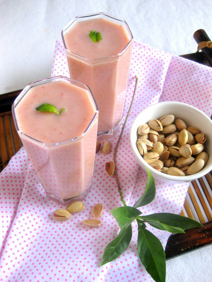 Guava Strawberry Smoothie