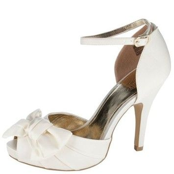 Payless Peep Toe L-amore Bow Wedding Shoes. Payless Peep Toe L-amore Bow Wedding Shoes on Tradesy Weddings (formerly Recycled Bride), the world's largest wedding marketplace. Price $24.99...Could You Get it For Less? Click Now to Find Out!