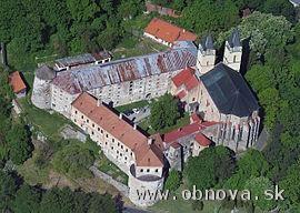 V benediktínskom kláštore v Hronskom Beňadiku vynovia nádvorie a strechu