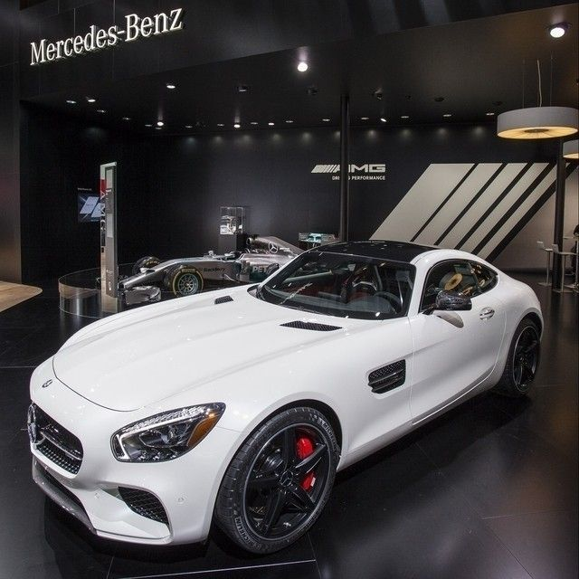 Speed In Black And White! The Mercedes-AMG GT S At NAIAS