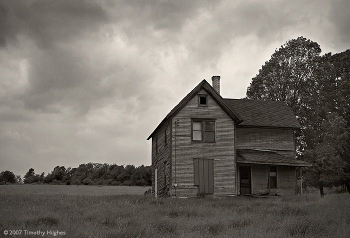 14 best images about old farmhouses barns on pinterest idaho old houses and old farm houses - The beauty of an abandoned house the art behind the crisis ...