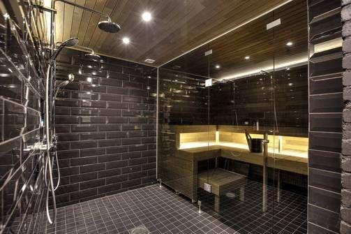 Saunan ja kylpyhuoneen väri on musta.