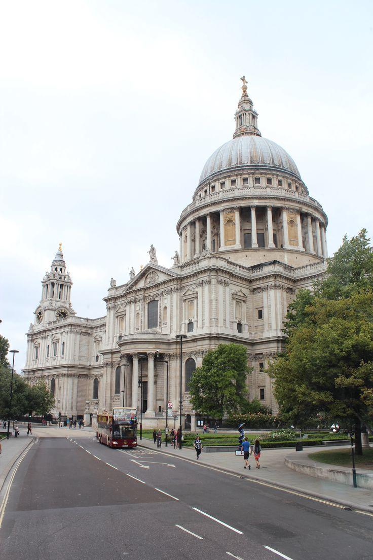 London - Cathédrale St Paul - England  Laetitia Chapuis
