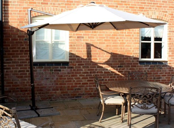 Cantilever Garden Parasol. 3 m Tilt and 360 Degree Rotating Cantilevered Parasol