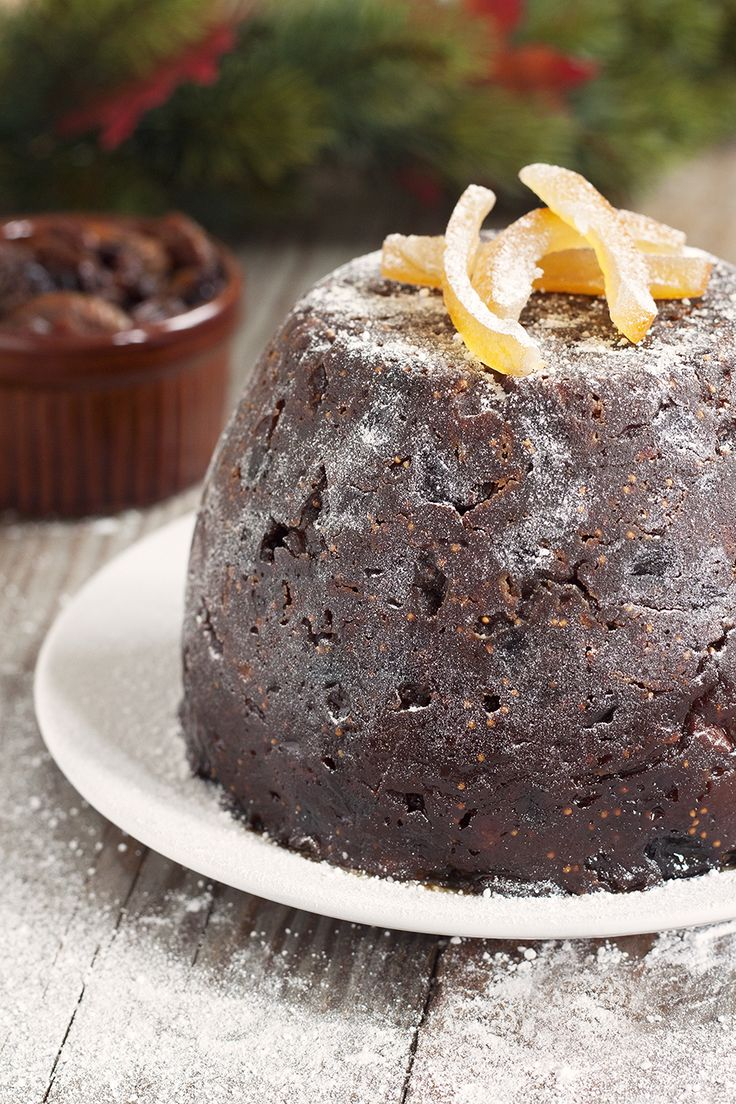 Orange, fig and almond Christmas pudding | cookbakeeat.com #christmas #pudding #dessert