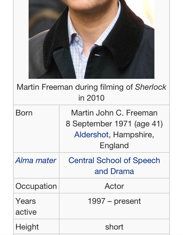 Martin Freeman's height description on Wikipedia lol