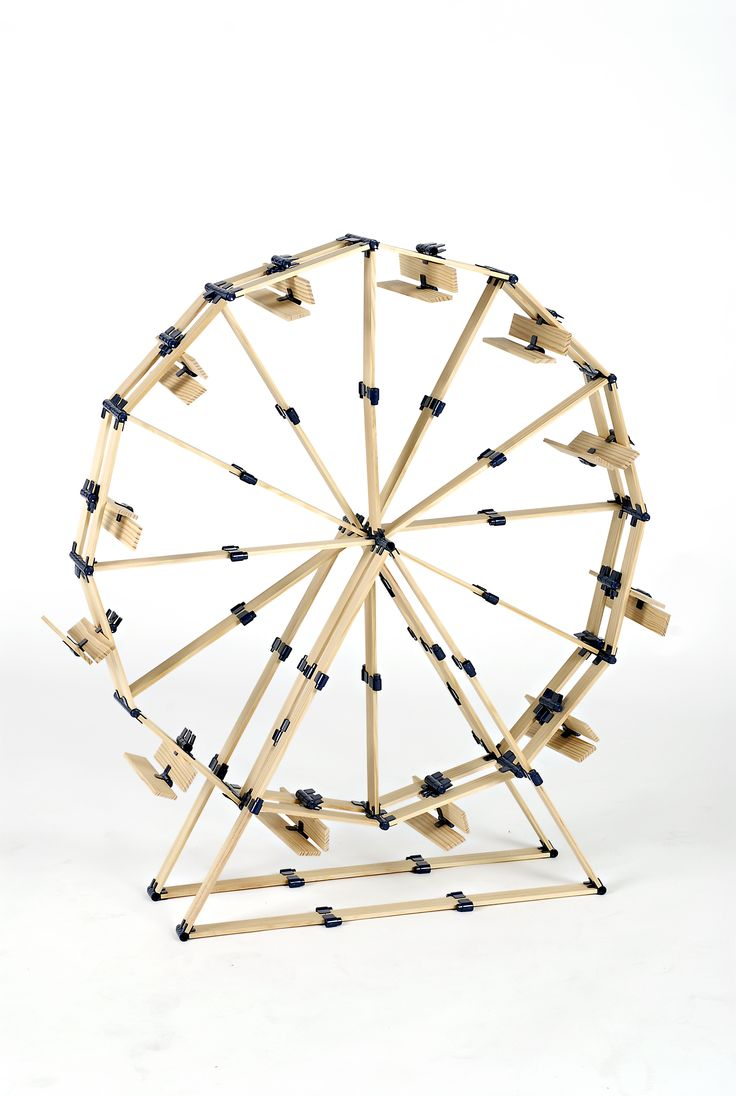 Everyone wants to build the Ferris Wheel with TomTecT. #kids # parents #homeschool # toys # blocks