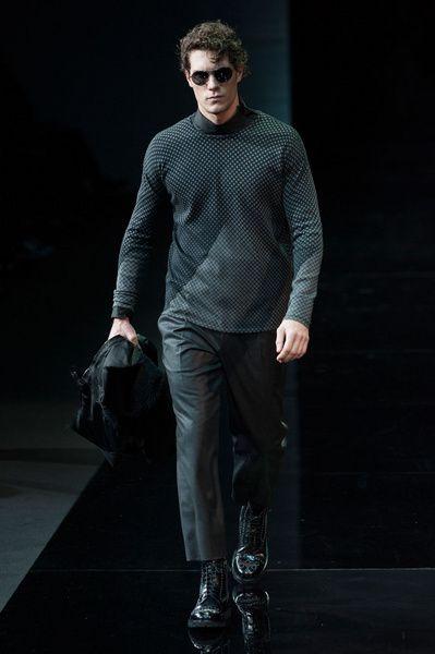MMU FW 2014-15 – Emporio Armani See all the catwalk on: http://www.bookmoda.com/sfilate/mmu-fw-2014-15-%E2%80%93-emporio-armani/#imgID-66716  @ARMANI Official #emporioarmani #milan #fall #winter #catwalk #menfashion #man #fashion #style #look #collection #MMU