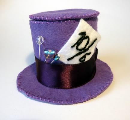 Kitty Ballistic's Creations: Alice in Wonderland craft swap - part one