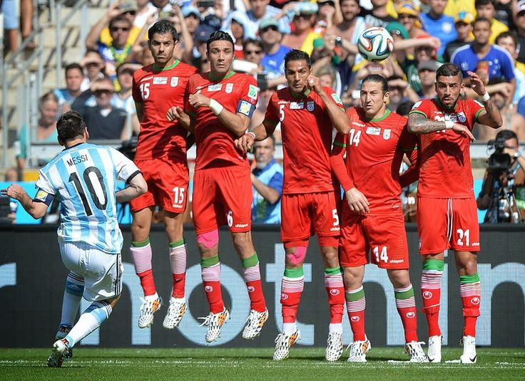 Messi scored in injury time for the victory Argentina against Iran   enko-football