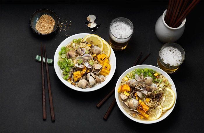 Nudlar från Asien och i synnerhet Japan är något som har blommat upp mycket i Sverige. Det är lite tidskrävande men är absolut värt mödan!