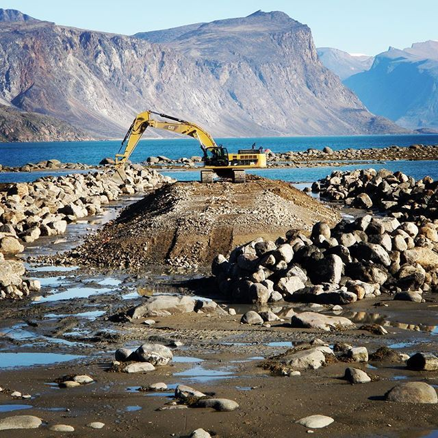 iqaluit nunavut territory canada