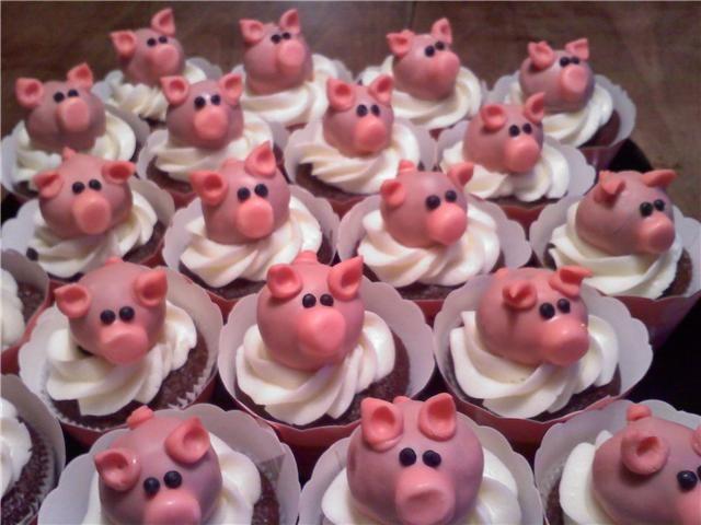Piggy cupcakes!