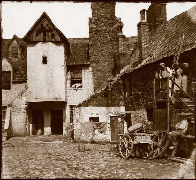 White Horse Close, Edinburgh 1856.