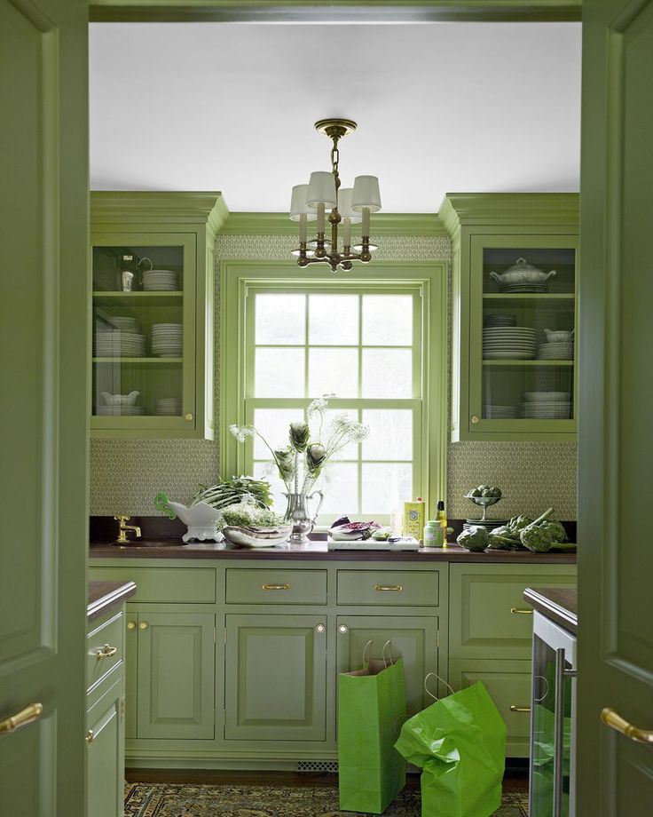 15 Green Kitchens You 39 Re About To Envy Hard