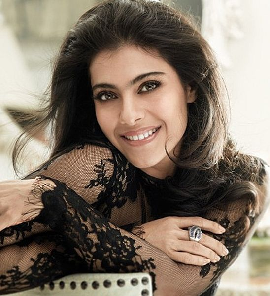 Beautiful Bollywood actress Kajol ... Watch Bollywood Entertainment on your mobile FREE : http://www.amazon.com/gp/mas/dl/android?asin=B00FO0JHRI