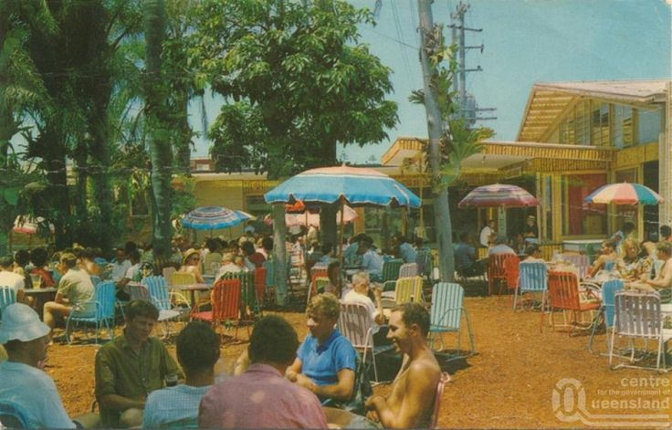 """<span class=""""caption-caption"""">Surfers Paradise Hotel Beer Garden on the Gold Coast</span>, 1966. <br />Postcard by <span class=""""caption-publisher"""">Murray Views Pty Ltd</span>, collection of <span class=""""caption-contributor"""">Centre for the Government of Queensland</span>."""