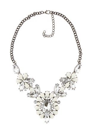 Floral Motif Statement Necklace - A dazzling piece to top off your look!