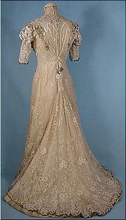 Edwardian Dress - c. 1909 Edwardian Trained Battenburg Lace Gown with Gold Lame Trims!