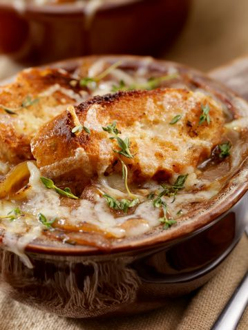 """Vegan French Onion Soup Recipe — The Healthy Voyager ... Probably just veggie broth instead of """"vegan beef broth""""(whatever that is)."""