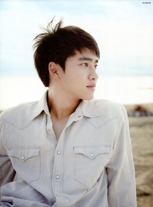D.O 디오 || Do Kyungsoo 도경수 || EXO || 1993 || 173cm || Main Vocal
