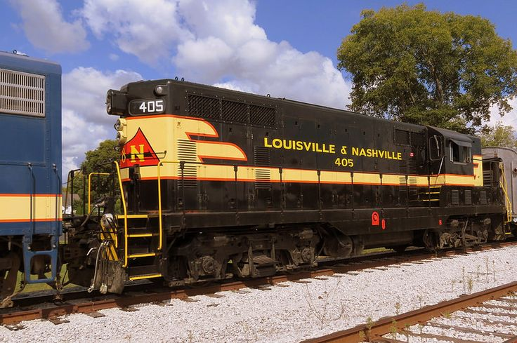 42 best trains images on pinterest train for Electric motors nashville tn