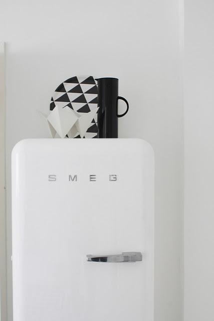 A design classic - the white SMEG fridge/freezer.