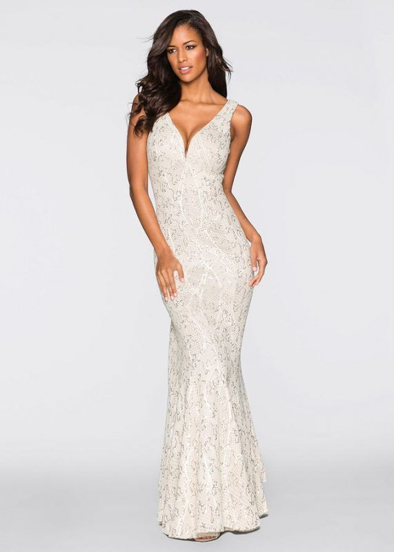 3793b0605 Beżowa długa sukienka wieczorowa z cekinami // Długa suknia wieczorowa  #długie suknie wieczorowe, #suknie wieczorowe, #długie sukienki na wesele