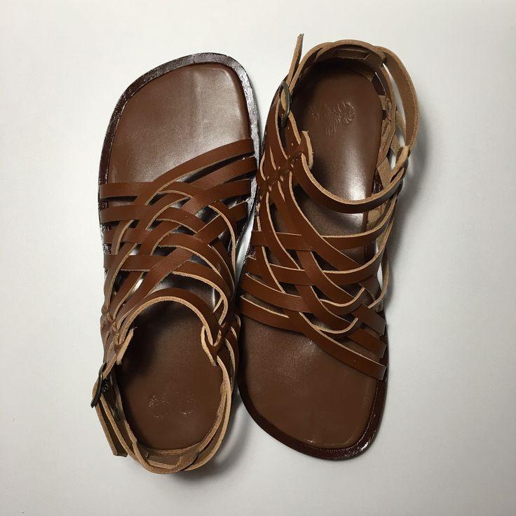 Leather sandals - leather shoes - sandlals - men - men sandals - leather - brown - brown sandals - Greece - Grecia - Handmade - Handmade Greece - fashion - men fashion