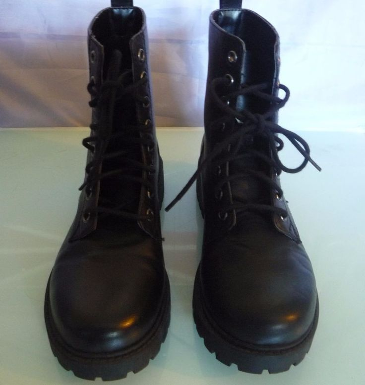 Ladies Black Doc Marten Look alike Boots Size 6 Divided By H&M VGC Little use.