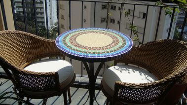mesa mosaico varanda