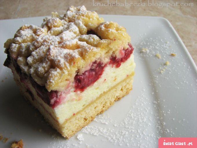 Kruche ciasto z malinami i budyniową pianką :)