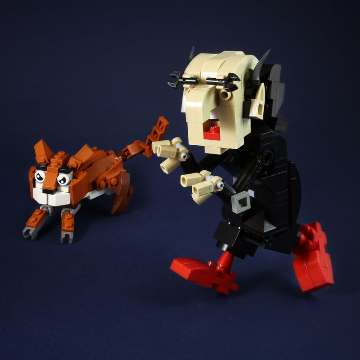 https://flic.kr/p/JQKDC7 | Gargamel and Azrael | Gargamel the Evil Wizard is the sworn enemy of the Smurfs and always tries to capture them. Gargamel and his cat, Azrael are dastardly villains with only one goal, to destroy the smurfs!