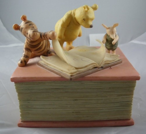 CUTE VINTAGE WINNIE THE POOH DISNEY MUSIC BOX WITH PIGLET & TIGGER CHARPENTE