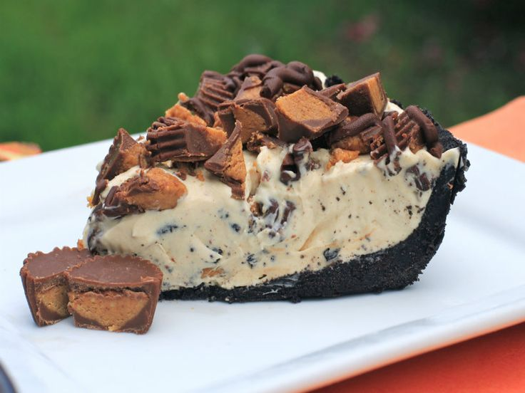 Frozen Reese's Pie. I just love a no bake dessert pie and this frozen Reeses pie is one of my favorite cold treats to make during hot weather. I grew up eating many different...