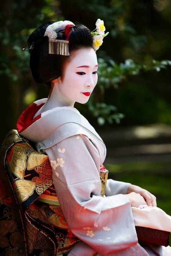 Maiko Fukumari of Miyagawacho