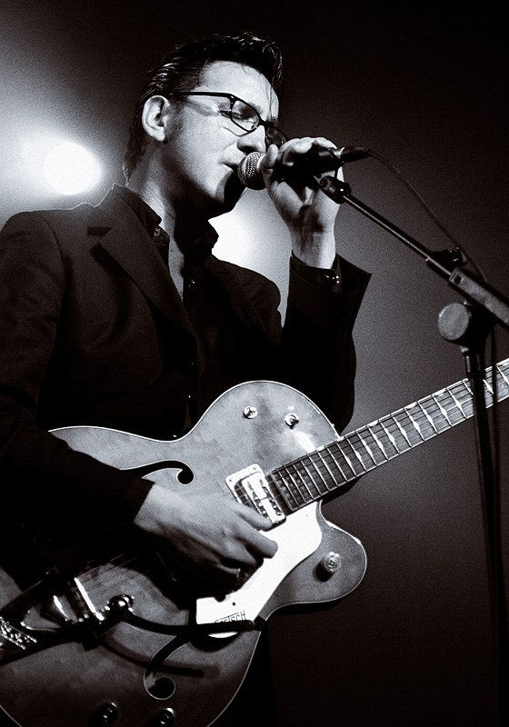 Richard Willis Hawley (1967) - English guitarist, singer-songwriter and producer. Photo by Chris Saunders, Sheffield, march 2006