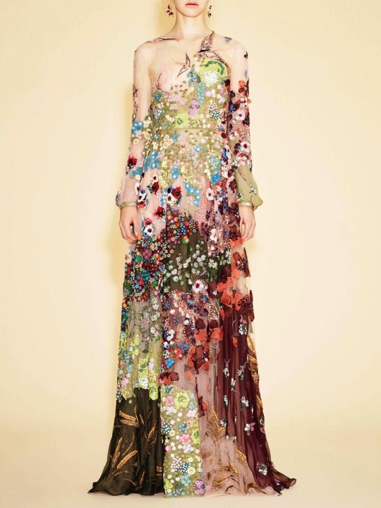 Valentino Spring- Summer 2016 [540x719] - It reminds me of a Klimt painting