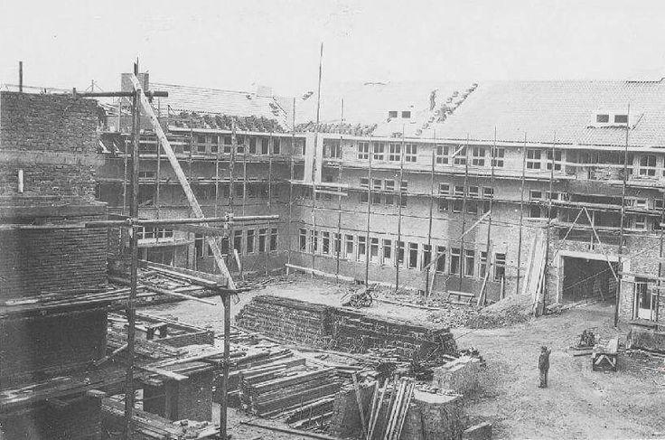 Deventer - Bouw Geertruidenziekenhuis. .1938