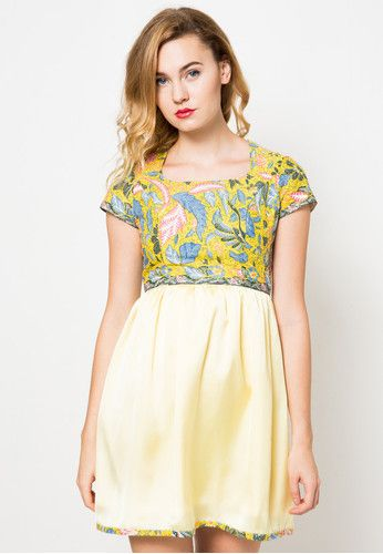 Rawni Batik Yellow Dress Dhievine is now available at zalora.co.id