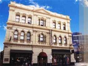 $32.50 euros per person   Claremont Guest House, Melbourne, Australia: Book your Hotel Now!
