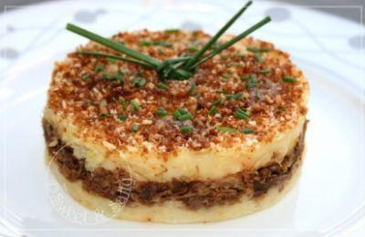 750 grammes vous propose cette recette de cuisine : Ecrasée de pommes de terre au confit de canard . Recette notée 3/5 par 2 votants