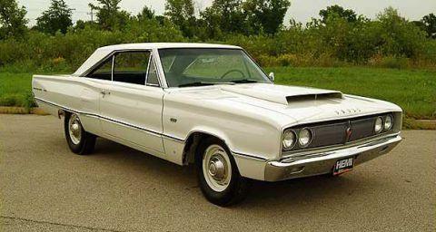 1967 Dodge Coronet W023
