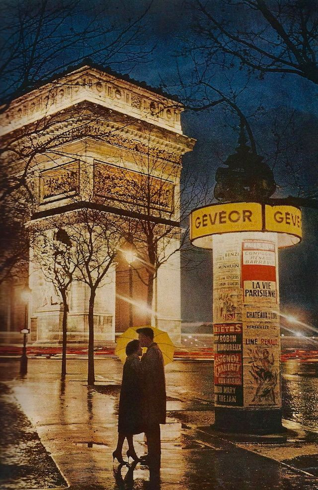 22-Couple embracing in front of The Arc de Triomphe-June1960