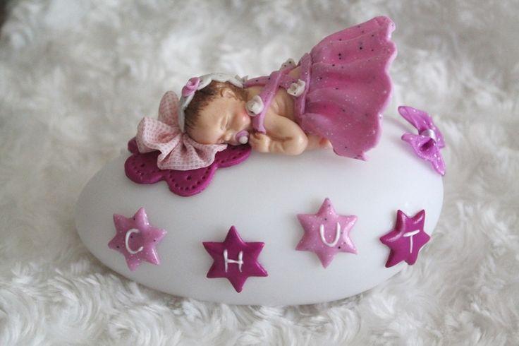 Veilleuse à LED variation de couleur motif bébé endormie : Décoration pour enfants par tom-fimo-creations